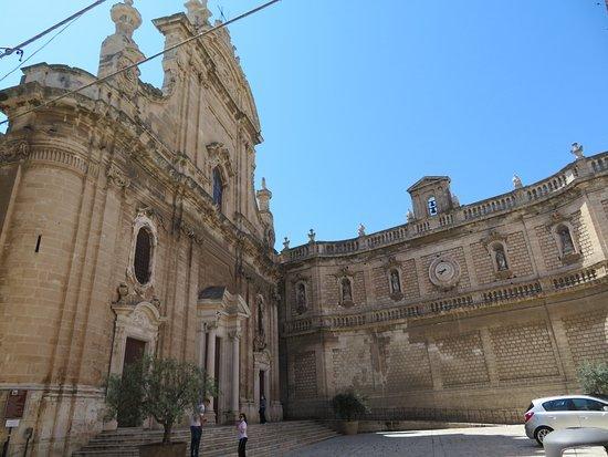 la Basilica Cattedrale Maria Santissima della Madia