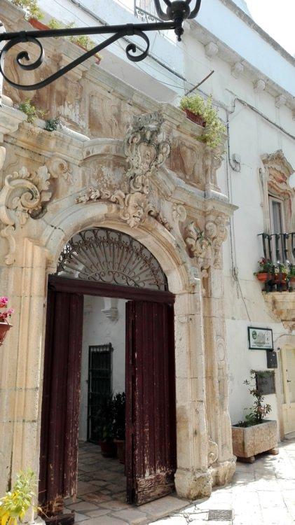 Il Portale di Palazzo Morelli